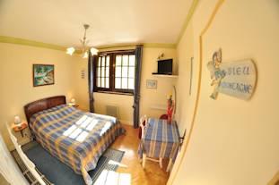 z311x207BleuMontagne-Chambres-D-Hotes-La-Coraline-Gannat-Allier-Auvergne