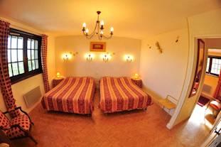 y311x207VolcanJaune-Chambres-D-Hotes-La-Coraline-Gannat-Allier-Auvergne